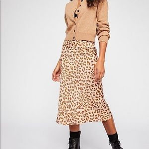 Normani bias leopard skirt - Free People